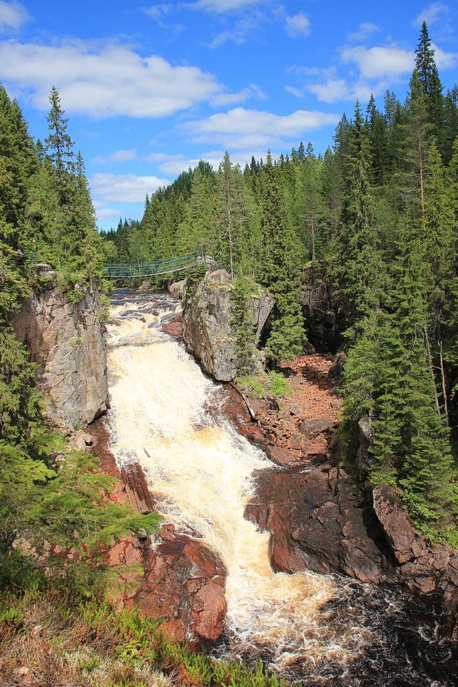 Helvetesfallen - leider ist wie überall zur Zeit wenig Wasser im Fluss.