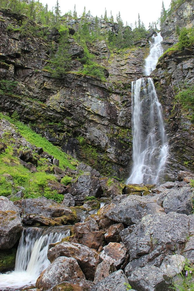 Der Wasserfall, leider auch hier mit wenig Wasser.