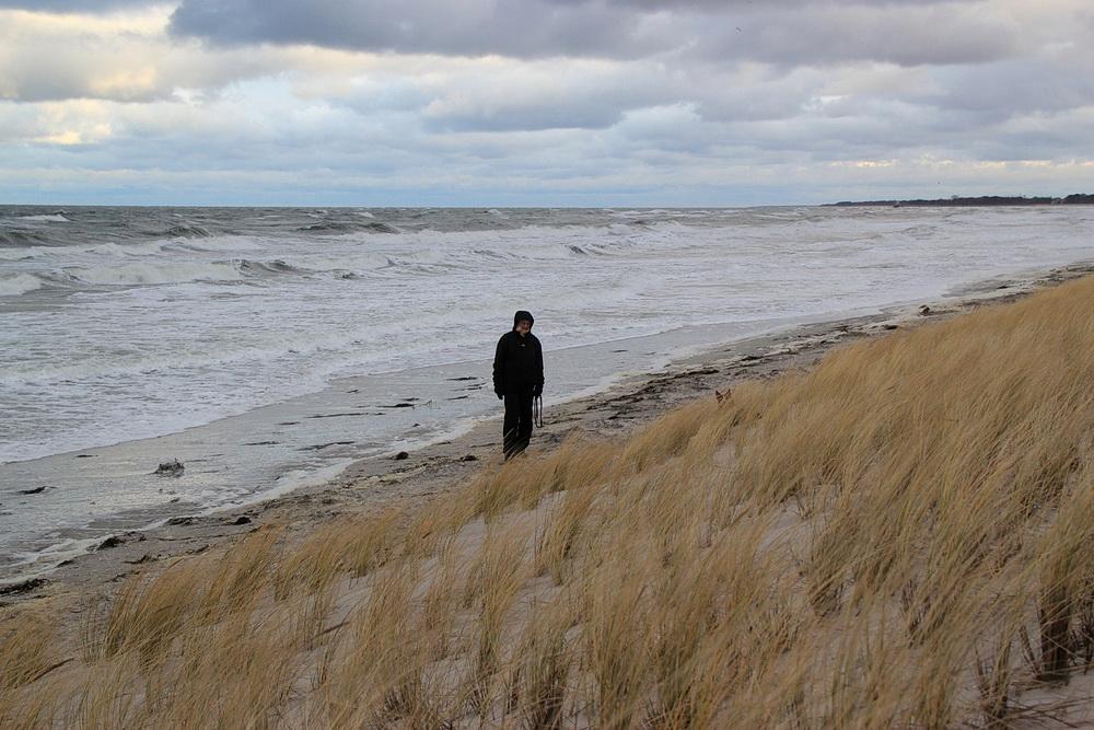 Die 2 m verbliebener Strand reichen uns noch!