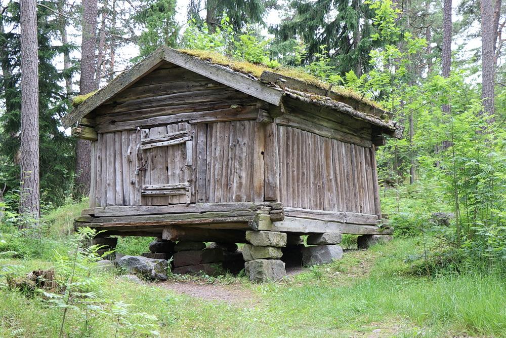 Altes finnisches Holzhaus